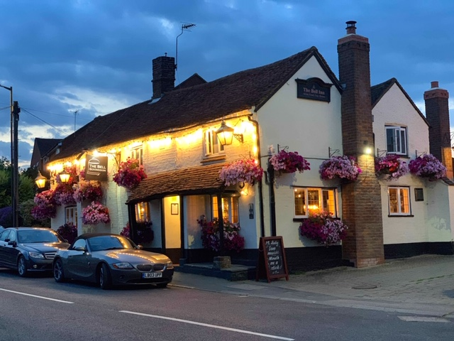Bell Bovingdon, Hertfordshire pub and restaurant